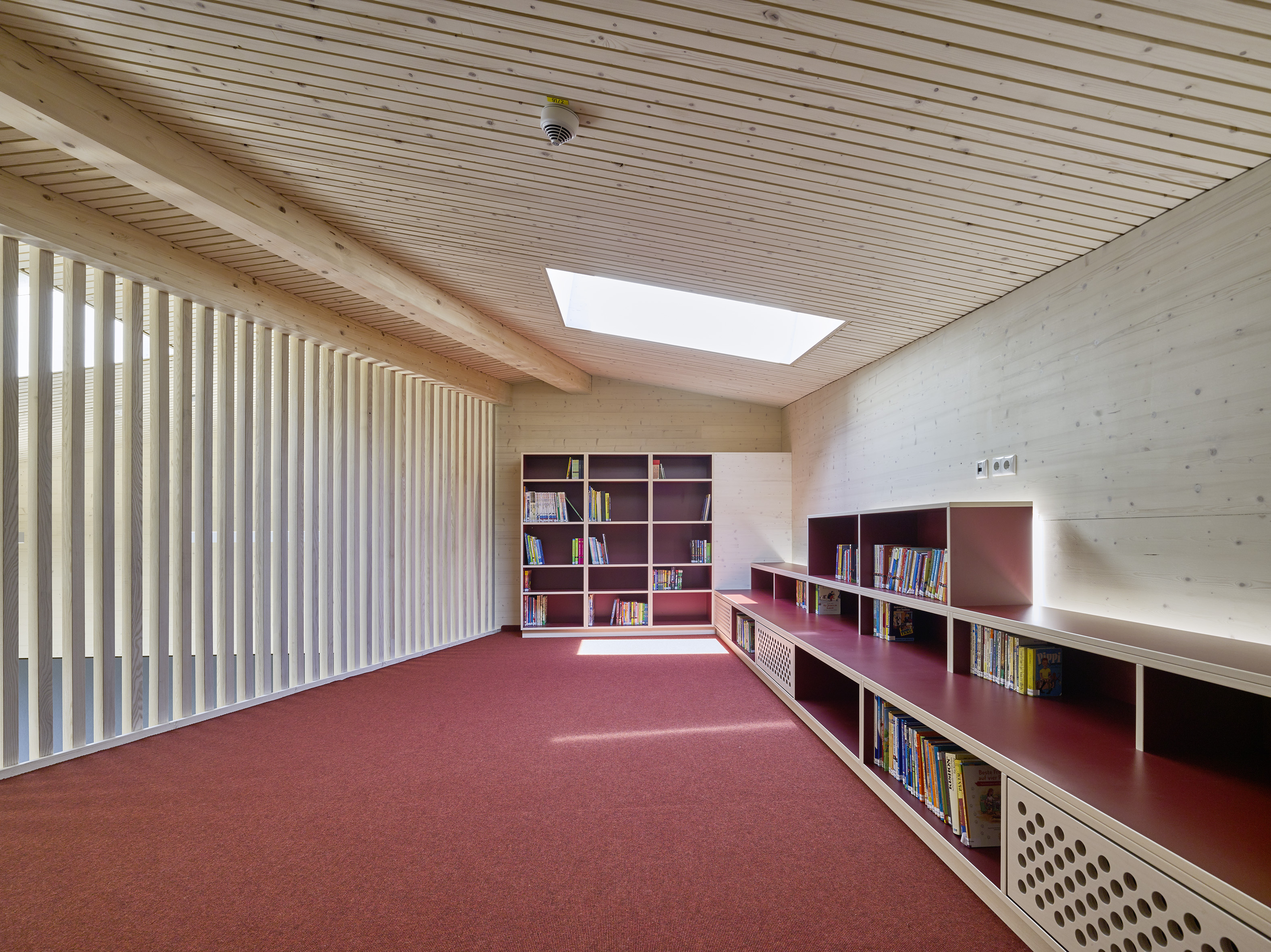 Grundschule Langenpreising Bibliothek